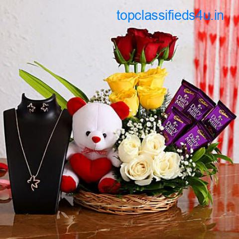 Online Gifts Delivery In Laxmi Nagar