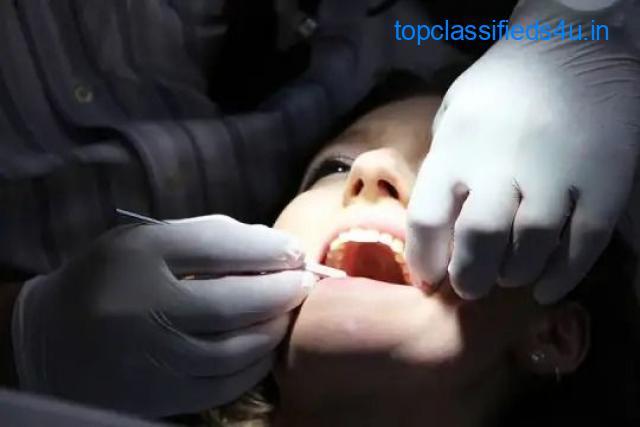 Best Dental Implantologist in Delhi